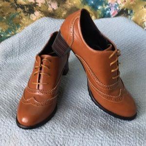 "🌹Oxford wedge - 2"" heel size 10 (42)"